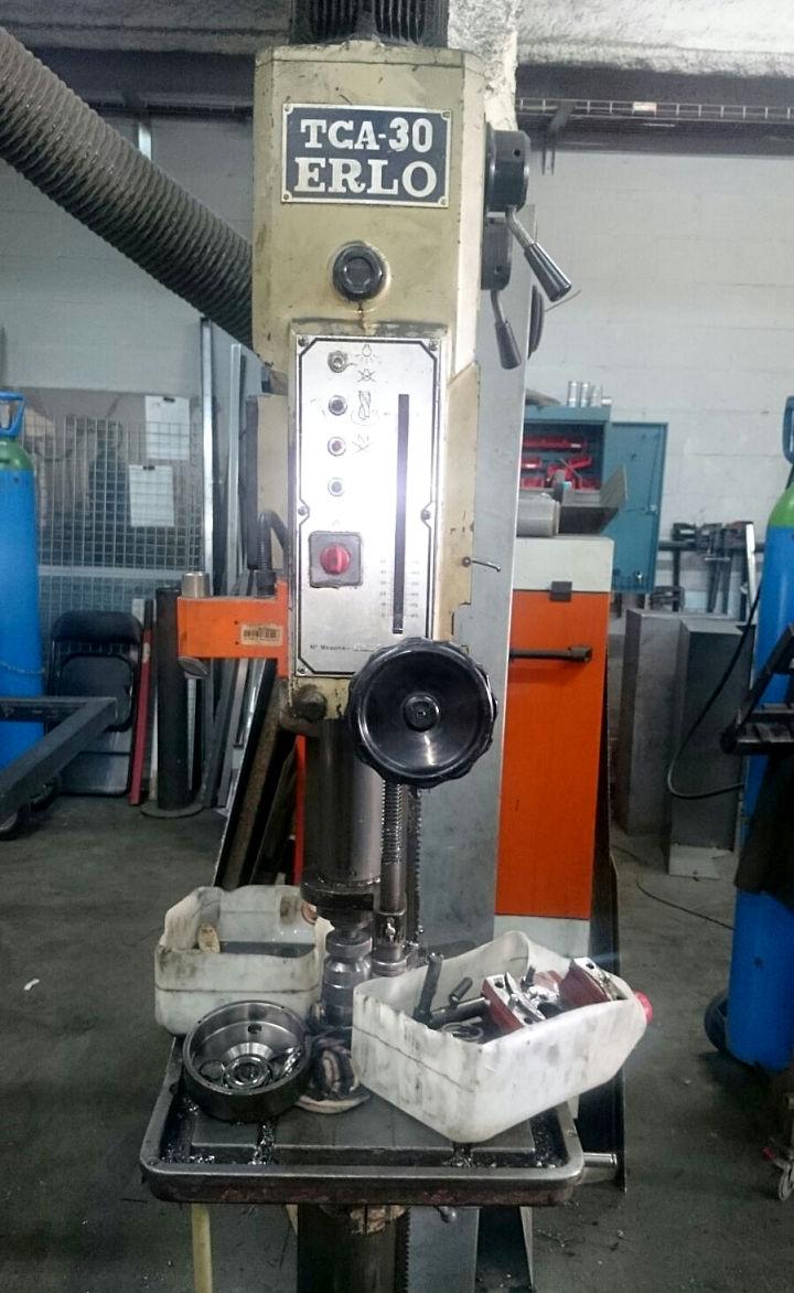 Reparaci n de taladradora tipo columna ibarmia irsa - Taladradora de columna ...